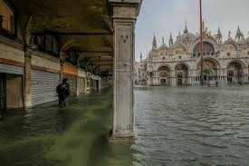 Venice Flooding Is Worst in a Decade; Severe Weather in Italy ...