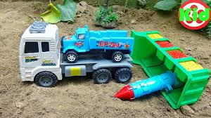 Kid Studio H424C 🚛 Xe ô tô đua lightning mcqueen, chuột mickey và vịt  donald 🚛 đồ chơi trẻ em - Kid Studio - Funtime Media Corp
