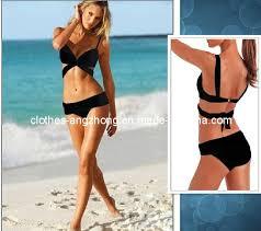 women y beach