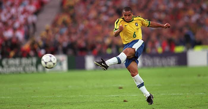 Image result for roberto carlos""