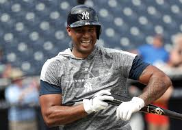 Yankees Secure Aaron Hicks With 7-Year, $70 Million Deal - The New ...