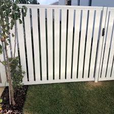 China White Aluminum Whole Privacy Horizontal Slat Fence Garden Fence Ornamental Fencing China Garden Fence Metal Fence