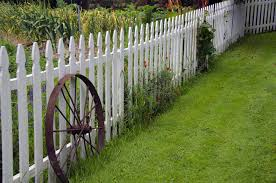 20 Best Backyard Fence Ideas Privacy Fence Ideas For Backyards