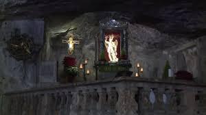 La grotta magica di San Michele arcangelo - Religioni - TGR Puglia