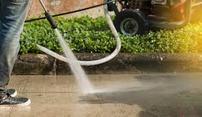 7 Benefits of Pressure Washing Services for Your Myers Park Home ...