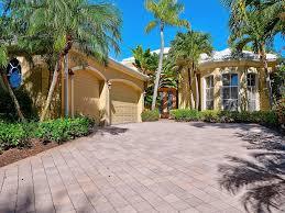 1136 crystal dr palm beach gardens fl
