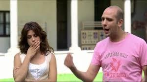 Checco Zalone, Cado dalle nubi (Italia 2009), clip