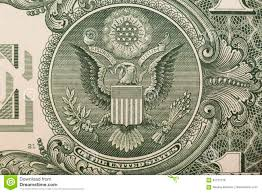 Um Ascendente Próximo De Uma Nota De Dólar, Mostrando A águia No ...
