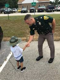Captain Nathan Noyes visits with a 3... - New Hampshire State Police |  Facebook