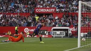 Liga | Spagna, Siviglia-Barcellona 2-4: Messi extraterrestre ...