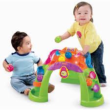 Đồ chơi cho bé 2 tuổi giúp bé thông minh phát triển toàn diện