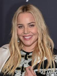 Compare Abbie Cornish's Height, Weight, Body Measurements with Other Celebs