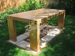 garden table with four corner legs