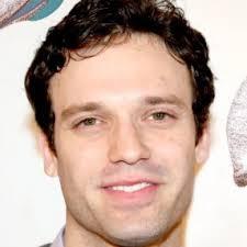 Jake Epstein Wiki, Net Worth, Married, Wife, Kids, Bio, Height, Age