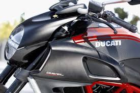 2016 ducati diavel carbon road test
