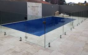 3 Reasons Why You Should Use A Professional To Install Your Glass Pool Fence Renston Homestead