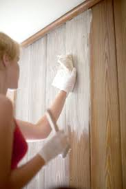 Before Scrapping Those Dark Outmoded Panels Try This Easy How To For Whitewashing I Like Thi Wood Paneling Makeover Paneling Makeover Painting Wood Paneling
