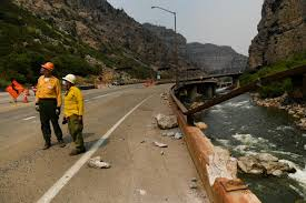 Grizzly Creek fire: Flames burn through Glenwood Canyon ...