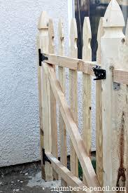 build an easy diy garden fence no 2