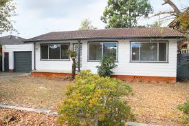 39 Brentwood Ave, Hobartville NSW 2753, Australia, House for Lease - First  National Real Estate