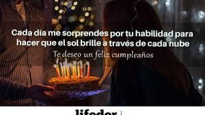 100 Frases Para Felicitar El Cumpleanos Con Imagenes Lifeder