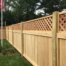 Cedar With Lattice Top Always A Great Privacy Fence Arrowfencecoinc Backyard Fences Fence With Lattice Top Front Yard Fence