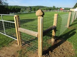 48 Redbrand Woven Wire Fence With Thomas Horse Llc Facebook