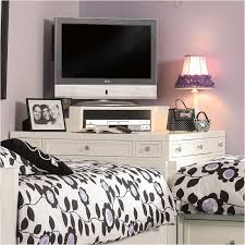 1508 46341 Hooker Furniture Lily Kids Room Corner Desk
