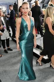 SAG Awards 2020: Scarlett Johansson Recovers from Illness, Wears ...