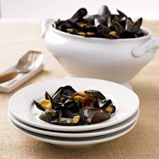 Steamed Mussels with Herb, Wine & Cream ...