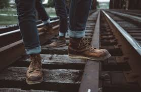 14 best heritage work boots made in america