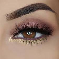 chic makeup ideas for brown eyes