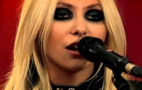 taylor momsen gets wet in stunning