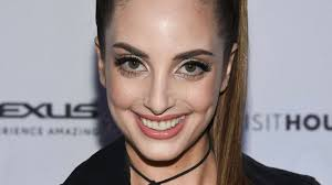 Alexa Ray Joel defends against body-shaming: 'I like the way I ...