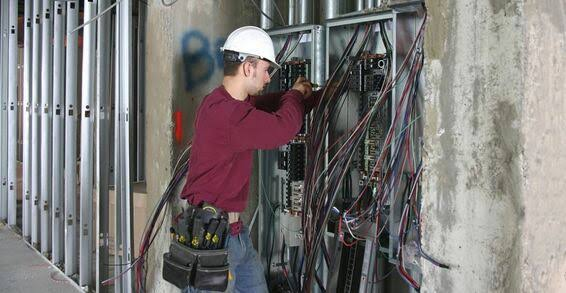 electrician in Los Angeles