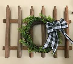 How To Make Dollar Store Picket Fence Wall Decor Diy Hometalk