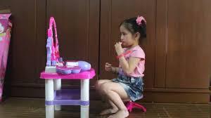 Hộp đồ chơi trang điểm dành cho bé gái phần 2 - YouTube