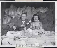 Garry Moore and singer Denise Lor 1957 Vintage Press Photo Print ...