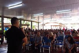 Promotor da Educação palestrou em reunião de pais e mestres da ...