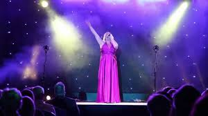 Adele Lee Peters Fire Aid Concert - YouTube