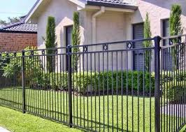 Design Ideas For Your Fence Front Yard And Backyard Designs House Fence Design Fence Design Wood Fence Design