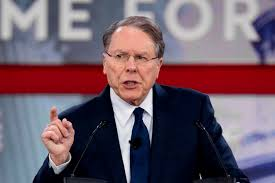 NRA's Wayne LaPierre accuses Democrats of exploiting Parkland shooting in  speech
