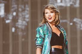 TAYLOR SWIFT AT HYDE PARK: THE TICKETLESS EXPERIENCE – adeline cooper