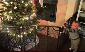 3 Christmas Tree Baby Gate Ideas Smart Moms Tips For 2020