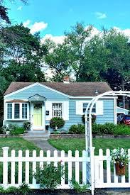 Living Large In Little Houses Kris S House Cozy Little House
