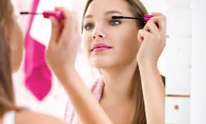 makeup tips for people who wear contact