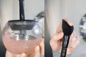 clean and dry your makeup brushes
