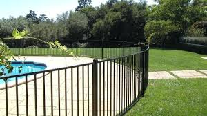 Below We Have A Look At 27 Innovative Swimming Pool Fence Concepts For Household Residences Sharing Some I Pool Fence Backyard Pool Aluminum Pool Fence