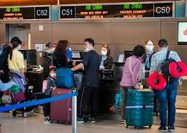 scared and panicked travelers rush to
