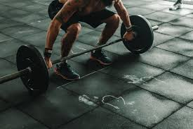 Man About to Lift Barbell · Free Stock Photo